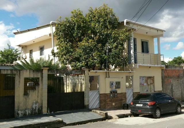 2 apartamentos compactos pra alugar