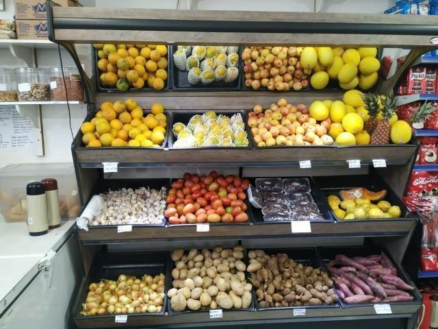 Em madeira, expositor de legumes e frutas NOVO - Foto 5