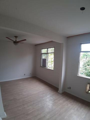 Apartamento na lha do Governador. Bairro Portuguesa. 2 quartos - Foto 2