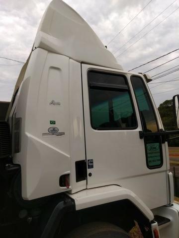 Ford Cargo 2422 cabina leito - Foto 5