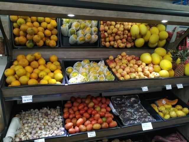 Em madeira, expositor de legumes e frutas NOVO - Foto 3