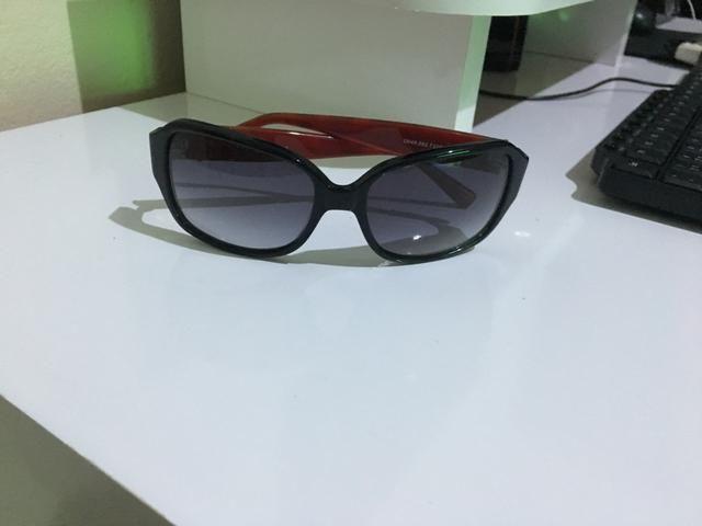 9a6abffc94c9b Óculos feminino (1 deles é original