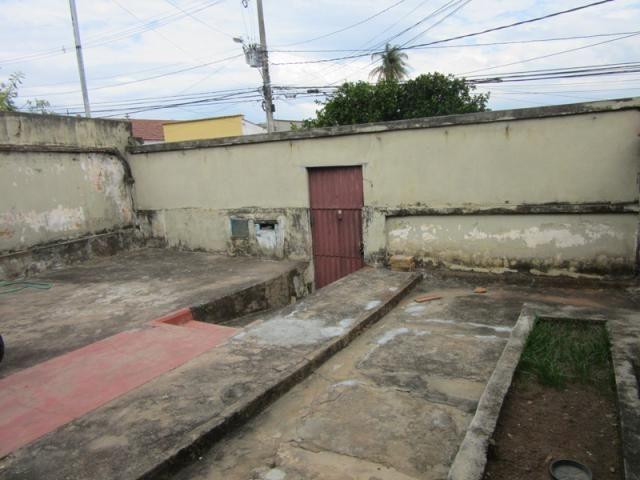Rm imóveis vende excelente casa/lote em ótima localização do caiçara