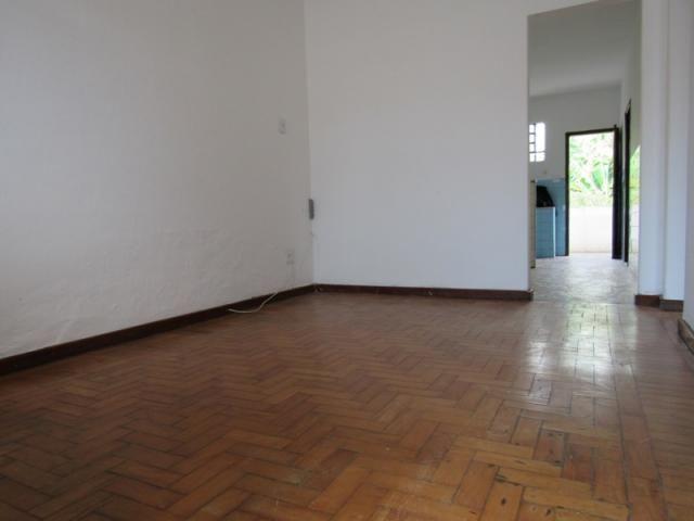 Rm imóveis vende ótima casa de 03 quartos no caiçara, ótima localização! - Foto 4