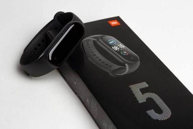 Relogio Smartwatch Xiaomi Mi Band 5 + Pulseira + 2 Peliculas - Foto 4