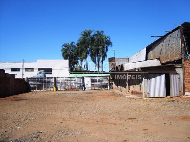 Terreno para alugar, 981 m² por R$ 2.500,00/mês - Capuava - Goiânia/GO - Foto 2