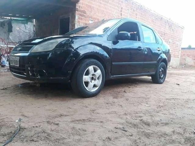 Fiesta sedan 2008 atrasado