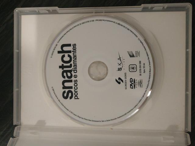 DVD Snatch Porcos e Diamantes - Foto 3
