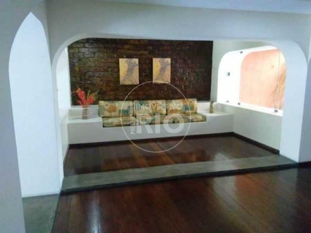 Apartamento à venda com 2 dormitórios em Tijuca, Rio de janeiro cod:MIR2667