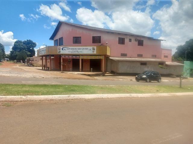 Sobrado com sala comercial em Trindade - Goiás