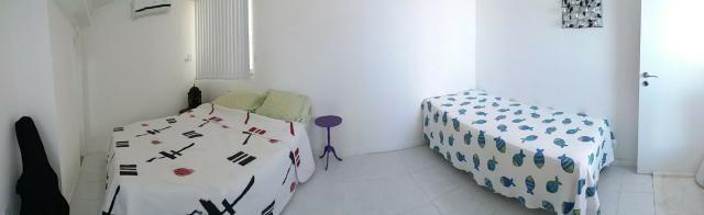 Cobertura Duplex Decorado com acesso exclusivo para o Rio em Buraquinho R$ 490.000,00 - Foto 3