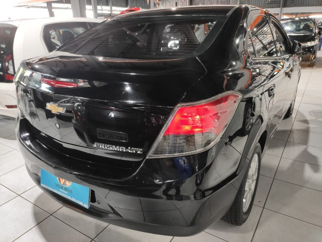 Chevrolet Prisma 1.4 LTZ completo impecável entrada + parcelas de 799 - Foto 4