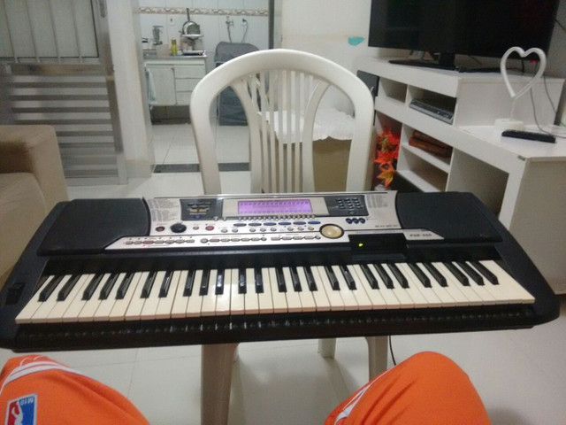 Vendo ou troco meu teclado PSR 550 - Foto 3