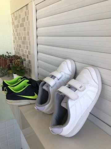 Dois tênis Nike infantil tamanho 30 - Foto 2