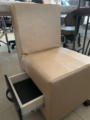 Cadeira para manicure nova