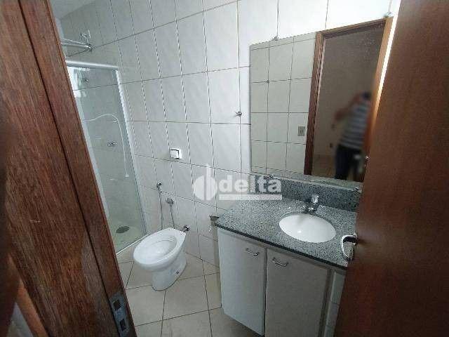 Apartamento com 3 dormitórios para alugar, 110 m² por R$ 1.500,00/mês - Centro - Uberlândi - Foto 7