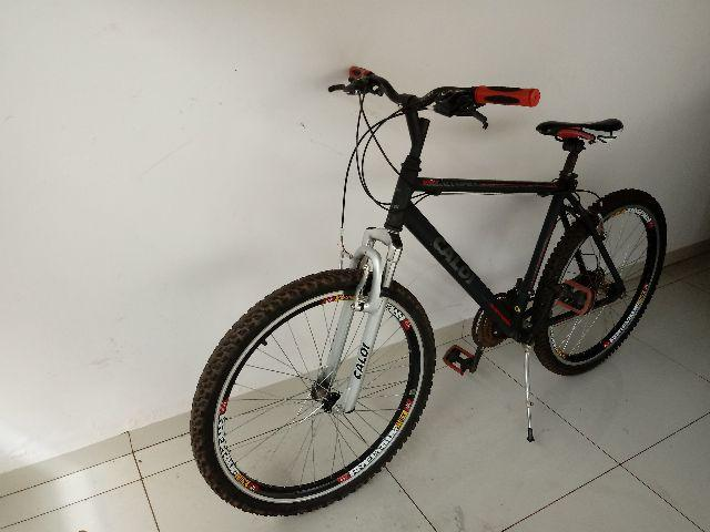 Bicicleta Caloi Aluminum Sport - Aro 26 - 21 Marchas - Alumínio - Preto