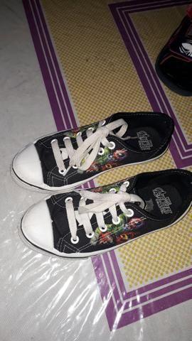 Vendo sapato e sandália infantil