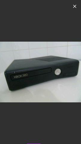 Vendo UM XBOX 360, Travado, Original