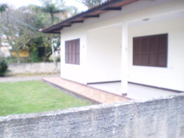 Casa em itapoá SC av. brasil 50m da praia para 8 pessoas - Foto 5