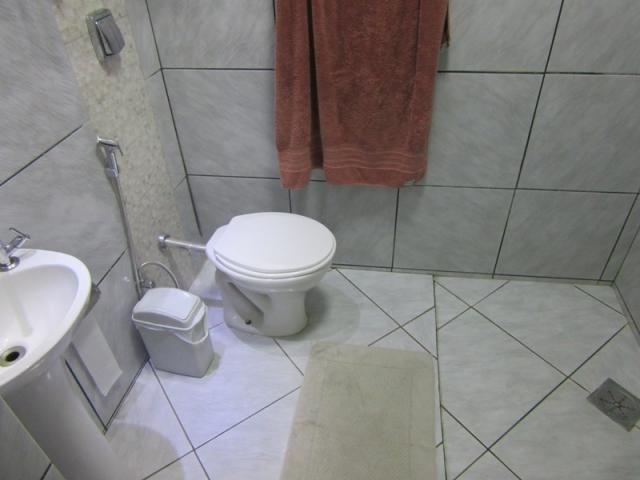 Rm imóveis vende excelente casa no caiçara, todo reformado ao lado de todos os tipos de co - Foto 20