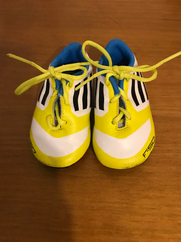 Tênis adidas para bebê - Foto 2