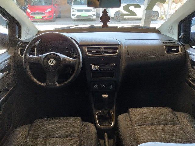 Volkswagen Fox 1.0 VHT (Flex) 4p 2012 - Foto 8