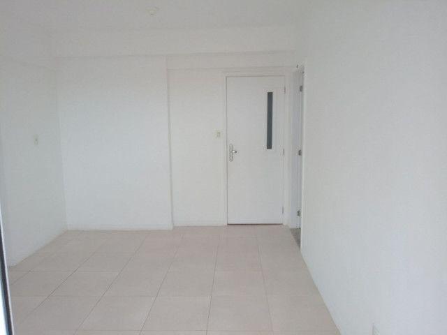Condomínio Vila Alegro,paralela,2/4,suite,armários