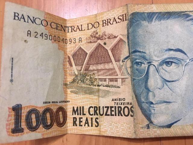 Nota / Cédula de 1000 Cruzeiros Reais de 1993 Flor de Estampa dinheiro bem conservado - Foto 3