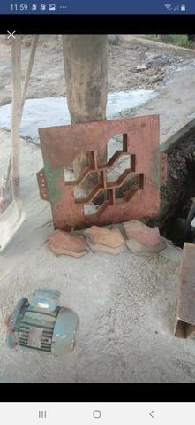 Maquina de blocos - Foto 3