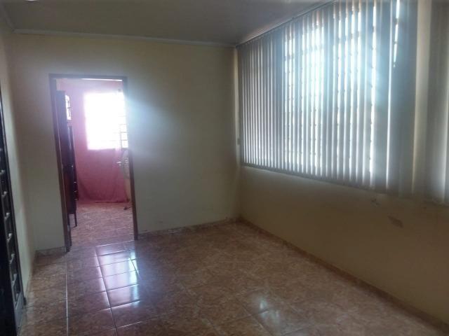 Sobrado com sala comercial em Trindade - Goiás - Foto 5
