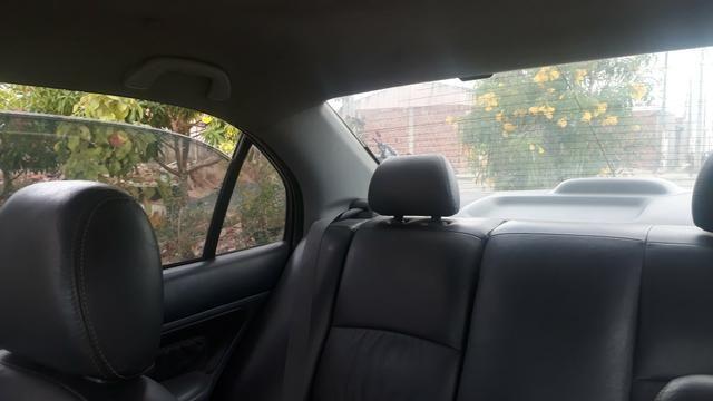 Vendo Honda Civic lxl automático 2004 - Foto 2