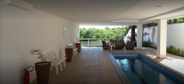 Cobertura Duplex Decorado com acesso exclusivo para o Rio em Buraquinho R$ 490.000,00 - Foto 2