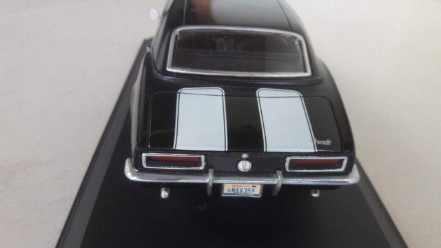 Chevrolet Camaro - Escala 1:18 - Foto 5