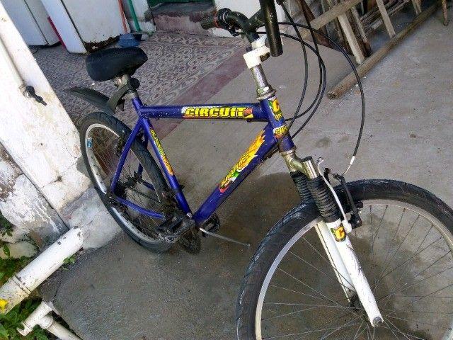 Bicicleta aro 29 com marchas