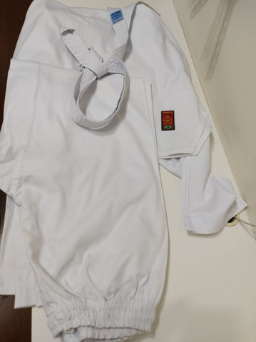 Kimono Dobô Taekwndoo  Olímpico Oficial Tamanho A4 com faixa  - Foto 3