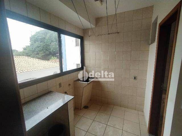 Apartamento com 3 dormitórios para alugar, 110 m² por R$ 1.500,00/mês - Centro - Uberlândi - Foto 9
