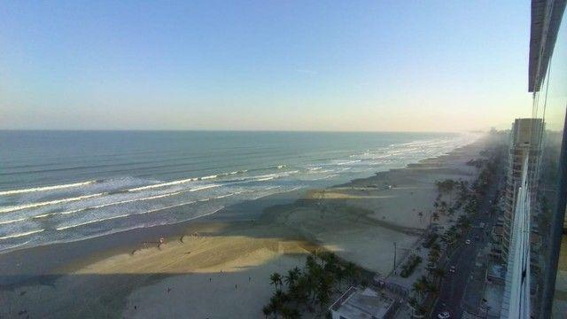 Apartamento alto padrão 3 dormitórios suítes frente mar Campo da Aviação Praia Grande - Foto 16