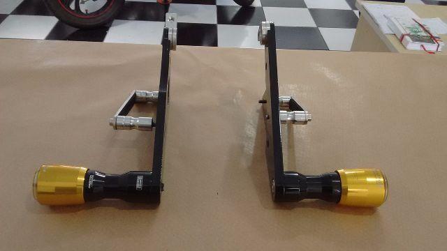 Slider com suporte Honda CBR 600 RR 2010 até 2013