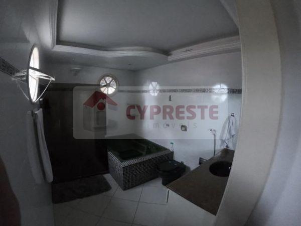 Duplex em Itaparica com 4 quartos com 2 suítes, 5 vagas de garagem. - Foto 5