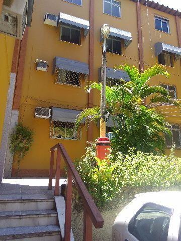 Apartamento em Inhauma, 2 quartos, sala, cozinha, banheiro