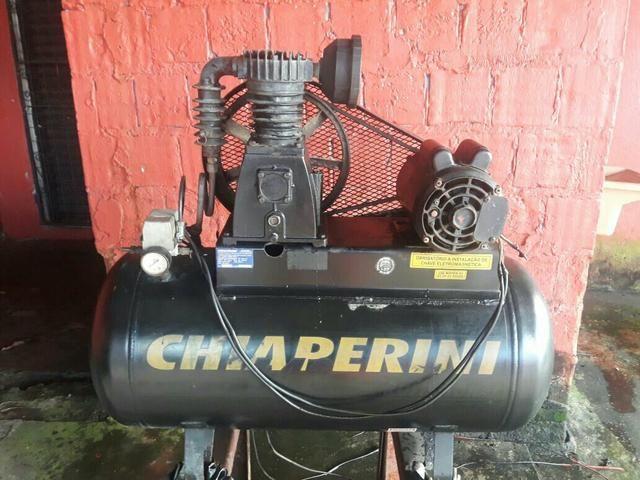 Compressor de ar Chiaperini semi-novo