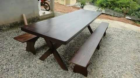 Mesa para área de festa