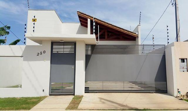 Casa em Sinop-MT, Jardim Itaúbas, 1 suite, 1 quarto, Laje, Porcelanato e Blindex