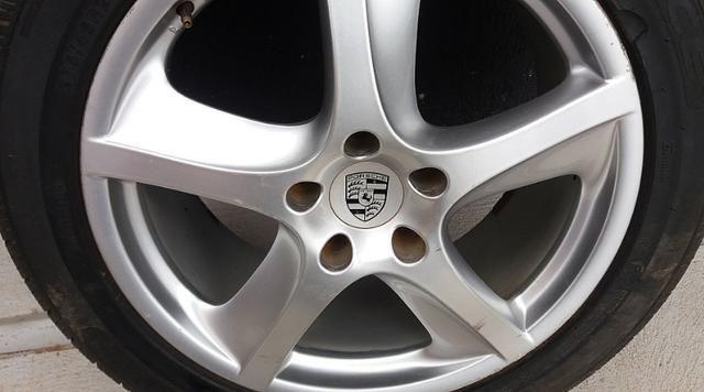 Roda Porsche Cayenne 275/45 R20 com Pneu - Foto 3