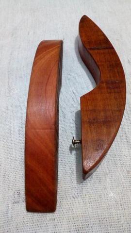 Abridor de garrafas artesanal madeira maciça