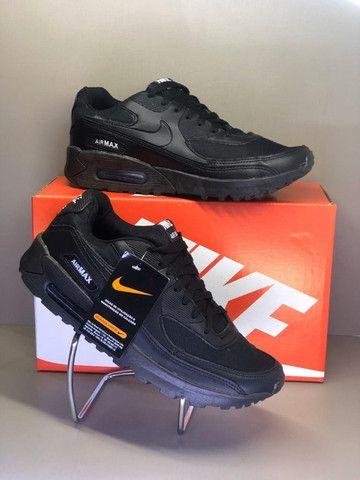 Nike Air Max 90 - Preto - Foto 2