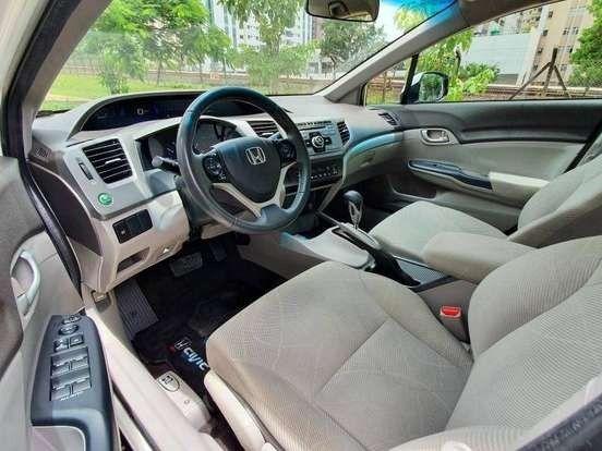 Adquira seu Honda Civic 2013, pagando 9.990,00 mais parcelas de 542,00 sem juros abusivos - Foto 3