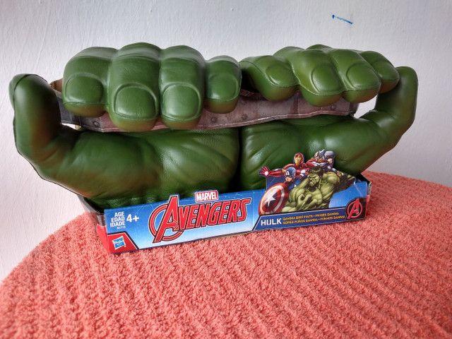 Luvas do Hulk Hasbro original