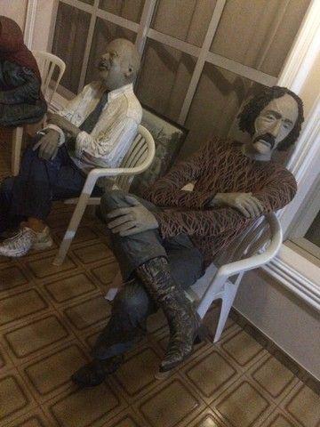 Esculturas em tamanho real, bonecos para bares e restaurantes  - Foto 4